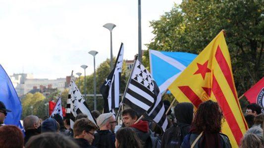 Bretagne_Info_Manifestation_Nantes_Bretagne_Reunifiee_Anticapitaliste_44_BZH_Manifestadeg_Naoned_Breizh_Enepkapitalour_44BZH_16-640x360