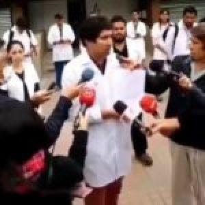 Chile. «Piñera es un peligro mundial»: Médicos advierten que si no se toman medidas puede crecer a varios millones la cifras de contagiados