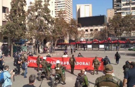 Chile. Cadenazo clasista (poesía, música y lucha) homenajeando a los