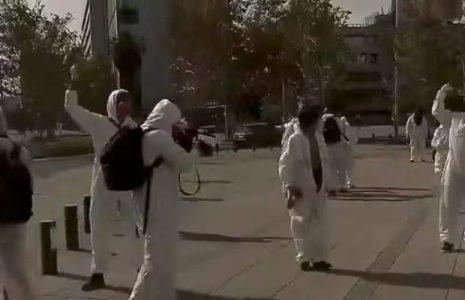 Chile. Domingo con manifestantes en Plaza de la Dignidad /También