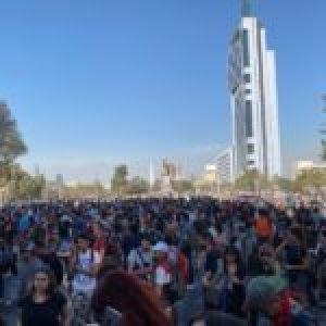 Chile. Pañuelazo feminista y manifestaciones estudiantiles: llegó el primer viernes de marzo