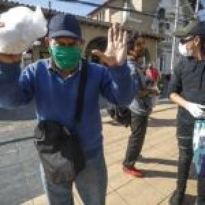 Chile. Redes de apoyo mutuo ante la pandemia /Jóvenes de la Revuelta hacen pan para los más humildes