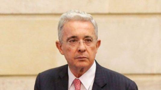 Colombia. Jueza concede la libertad al expresidente Uribe Vélez