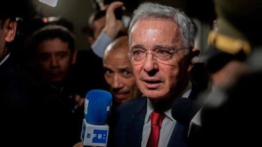 Colombia. Jueza definirá el sábado si levanta medida contra Uribe