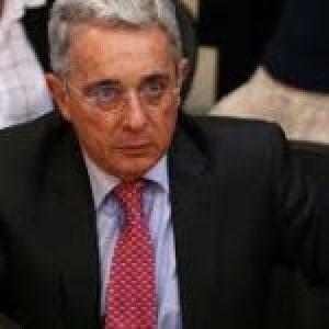 Colombia. Corte Suprema llama a indagación a Uribe por escándalo de compra de votos