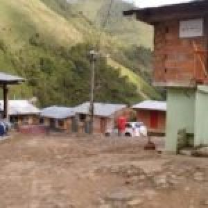 Colombia. Exguerrilleros abandonan masivamente zona de reincorporación por continua violencia
