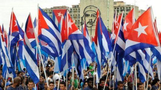 Cuba. Hoy como hace 62 años, contra viento y marea,