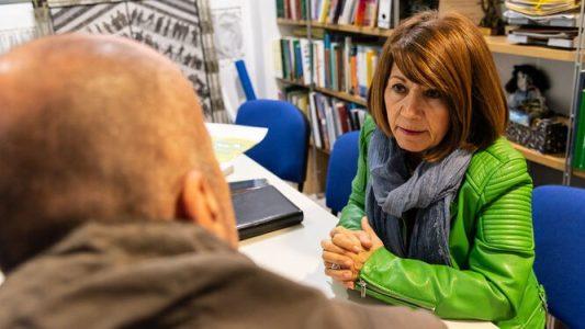 Denuncian «trato denigrante» de la Policía Nacional a una persona con enfermedad mental – La otra Andalucía