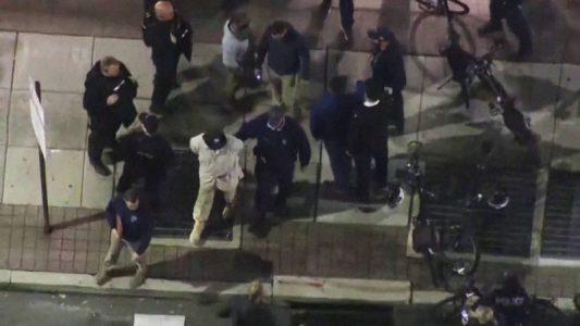 EEUU: La policía de Filadelfia frustra un complot para atacar un centro de recuento de votos