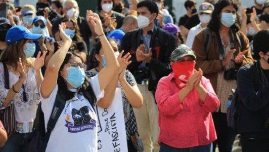 El Salvador. Protestan contra fallo que permite reelección de Bukele
