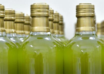 """El campesinado espera que el descenso de la producción de aceite de oliva evite """"otra campaña calamitosa"""""""