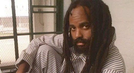 El periodista afroamericano encarcelado Mumia Abu-Jamal se someterá a una cirugía cardíaca debido al deterioro de su salud