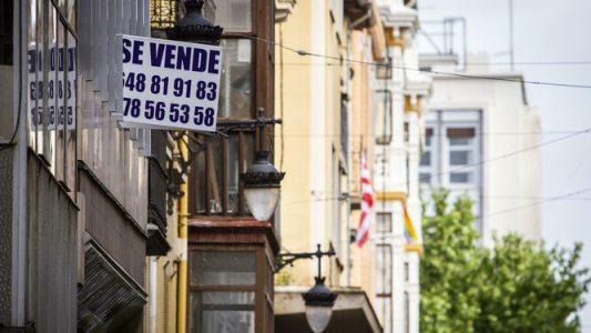El precio de la vivienda libre sube en Andalucía un 3,6% mientras los salarios bajan un 1,6%