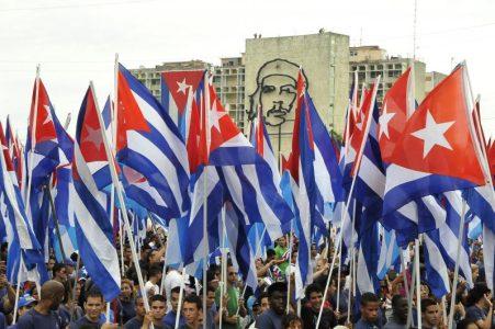 """Embajador de Cuba en Chile responde al Partido Socialista: """"Con su declaración le hacen el juego a la criminal campaña que se ha desatado contra Cuba"""""""