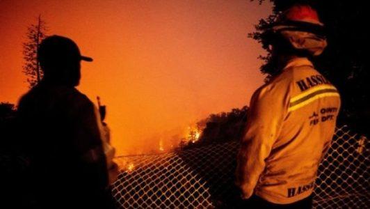 Estados Unidos. Entre humo y cenizas de costa a costa