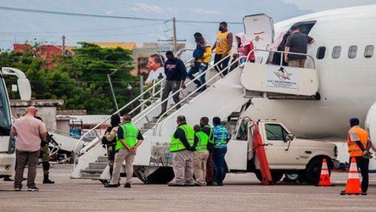 Haití. Acusa a Estados Unidos de humillar a migrantes