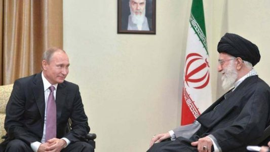 Irán anuncia un futuro acuerdo de asociación estratégica con Rusia