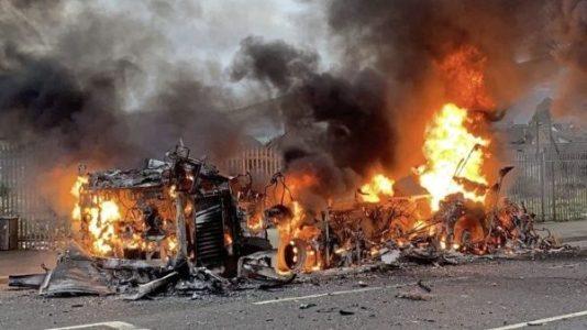 Irlanda del Norte. Fuertes disturbios en zonas pro-británicas y en