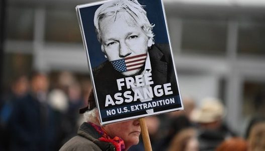 Justicia británica rechaza extradición de Julian Assange a Estados Unidos