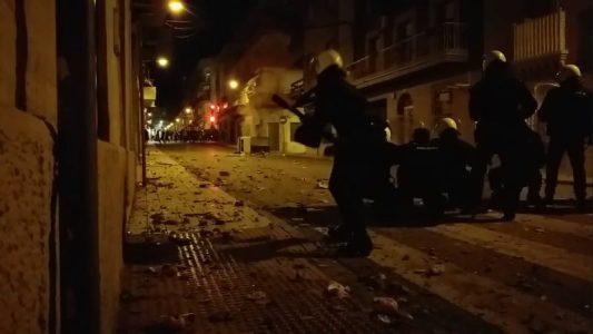 Linares: 14 detenidos tras una noche de rechazo a la violencia policial (vídeos)