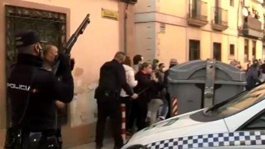 Linares: La Policía hirió el sábado a dos manifestantes con fuego real y lo califica como un