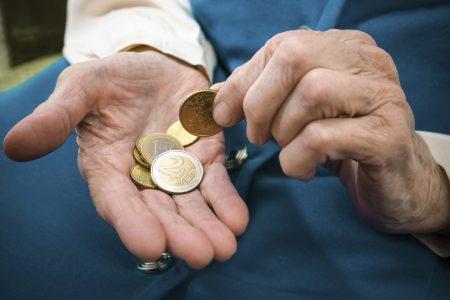Los cinco cambios del gobierno para 2021: edad de jubilación, pensiones, permiso de paternidad, cuota de autónomos y salario mínimo