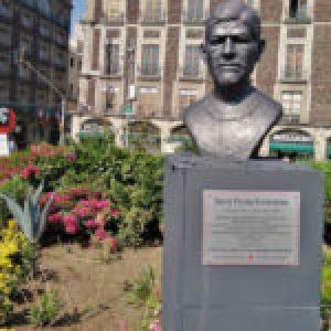 México. Colocan placa de Samir Flores en el Zócalo, a 13 meses de su asesinato