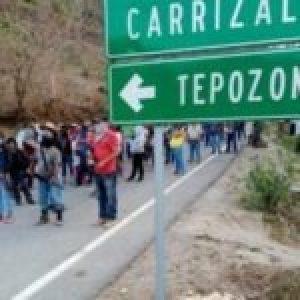 México. Pobladores de Guerrero se alzan en armas para exigir seguridad