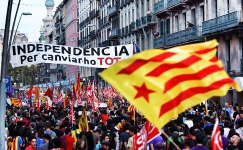 Manifestacion-izquierda-radical-independentista-Barcelona_ECDIMA20170901_0005_27