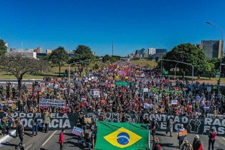 Manifestaciones contra Bolsonaro, el fascismo y el racismo – La otra Andalucía