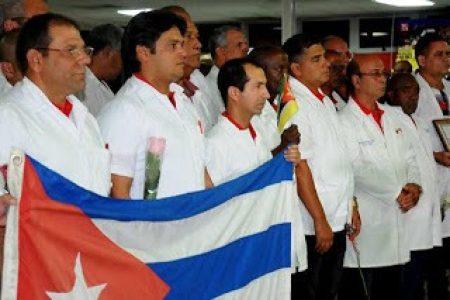 Médicos cubanos residente en el Estado español se ofrecen a ayudar en la lucha contra el coronavirus – La otra Andalucía