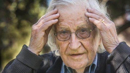 """Noam Chomsky: """"El único país que ha demostrado un internacionalismo"""