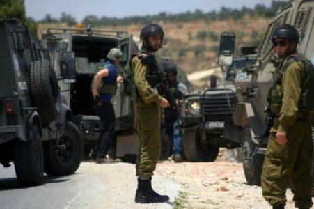 Palestina. Cuatro palestinos heridos por disparos de soldados israelíes apostados