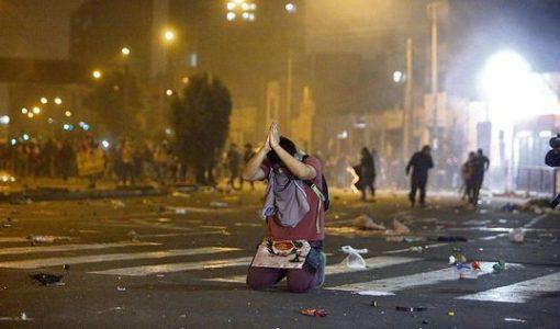 Perú. La presión de la revuelta popular empuja a Merino