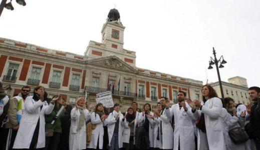 Planean emplear a 750 militares -en vez de a sanitarios- para hacer el test del coronavirus en miles de domicilios – La otra Andalucía