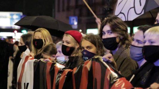 Polonia: El Tribunal Supremo prohíbe la interrupción del embarazo en casi cualquier supuesto