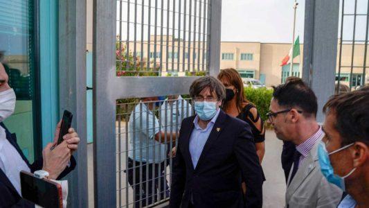 """Puigdemont sale en libertad sin medidas cautelares: """"España no pierde nunca la oportunidad de hacer el ridículo"""""""