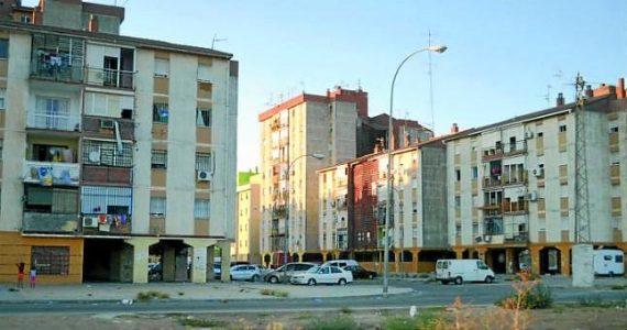 Sevilla: Los cortes de luz de Endesa siguen en el Polígono Sur, también en Navidad