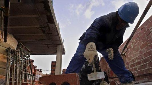 Terrorismo patronal: Muere un trabajador en Los Barrios al caer de un andamio