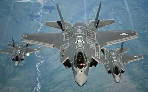 thumb2-lockheed-martin-f-35-lightning-ii-fighter-bomber-usaf-airplanes-in-sky